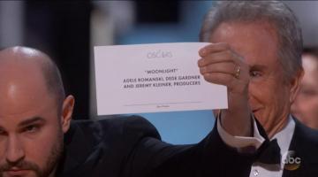 Oscars Shocker: Warren Beatty and Faye Dunaway Read Wrong Best Picture Winner