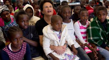 Η Άλκηστις Πρωτοψάλτη μιλά για τη συναυλία της στην Κένυα