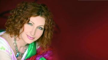 Η Αφεντούλα Ραζέλη δίνει συνέντευξη στον NGradio