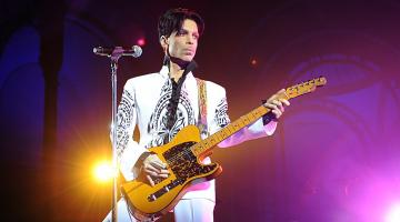 Διαθέσιμα στο YouTube πλέον τα βίντεο κλιπ του Πρινς (Prince)