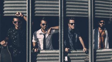 """Το συγκρότημα του Γιώργου Χρανιώτη """"Imitate Your Mother"""" live @ HOLYWOOD STAGE"""