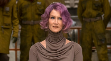 Star Wars: The Last Jedi scene causes movie theaters to post warning