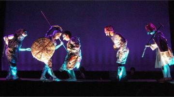 Θέατρο :«Ο Μεγαλέξανδρος Νικάει τον Δράκο» – Δήμος Αβδελιώδης