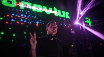 Ο Paul Van Dyk στο Bolivar Beach Bar   Σάββατο 7 Ιουλίου