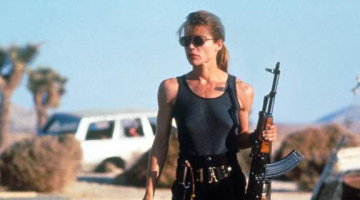 H Λίντα Χάμιλτον είναι ξανά η Σάρα Κόνορ στο νέο Terminator