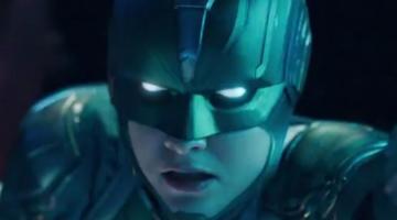 "Kevin Smith Calls 'Captain Marvel' Trailer ""Breathtaking"" and ""Brilliant"""