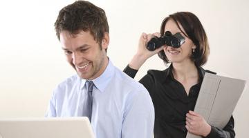 Με αυτά τα apps μπορείς να κατασκοπεύσεις τον σύντροφό σου!
