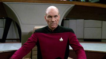 Patrick Stewart teases return of Jean-Luc Picard, says new 'Star Trek' series 'is a 10-hour movie'