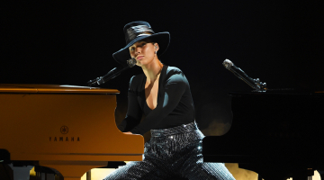 Grammys 2019: Alicia Keys Sings Songs She Wishes She Wrote