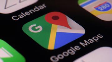 Η Google μας ενημερώνει αν ο οδηγός του ταξί βγει εκτός πορείας