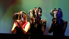 Oedipus: Sex with Mum was blinding |Μετά την τεράστια επιτυχία στην Νέα Υόρκη, στο θέατρο Σφενδόνη