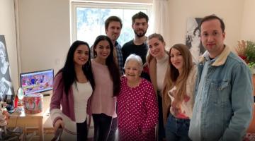 Η Μαίρη Λίντα με τους παραγωγούς του NGradio | Video