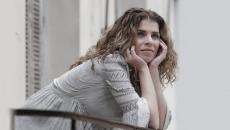 """Η Βιολέτα Ίκαρη εγκαινιάζει τη """"Μουσική Κλειδαρότρυπα""""στο ΥouΤube κανάλι της."""
