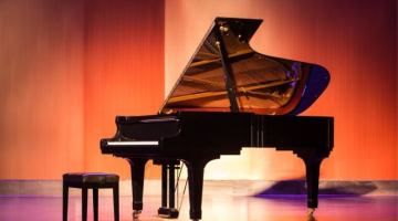 Classical virtuoso loses 'best friend' as movers drop $200,000 piano