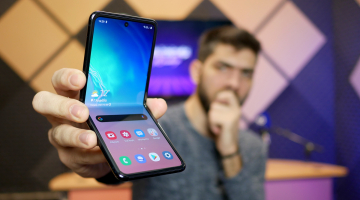 Samsung Galaxy Z Flip: Το ερωτεύεσαι με το πρώτο Flip
