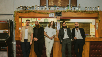 Idles Debut at No. 1 on Emerging Artists Chart