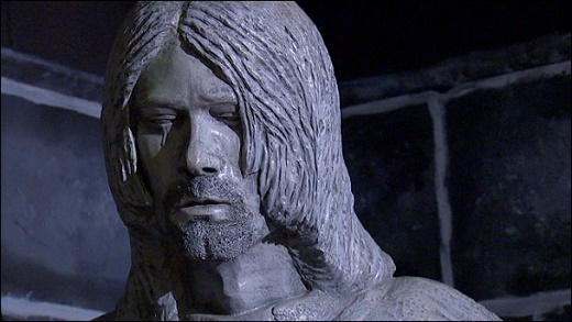 kurt-cobain-aberdeen-statue-608x343