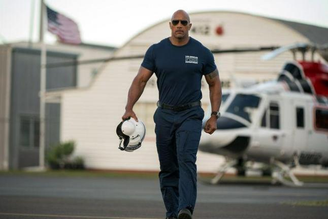 Dwayne-Johnson-stars-in-first-photos-from-San-Andreas (1)