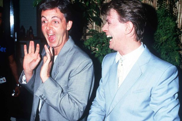 Paul-McCartney-singer-with-David-Bowie