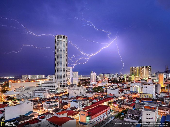 Third place, Cities, Photo by Jeremy Tan, George Town (Malaysia)
