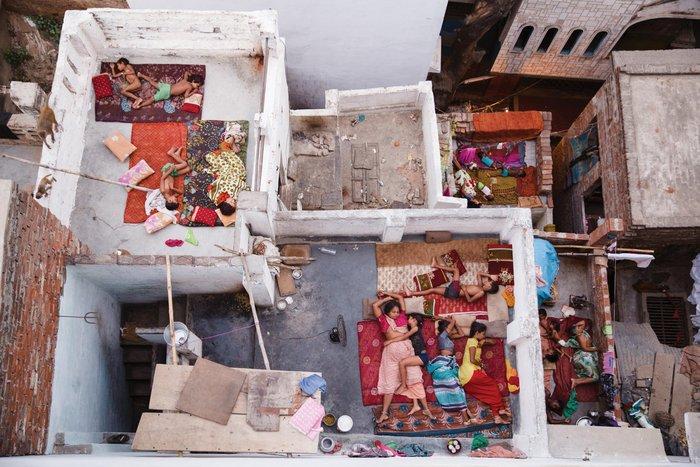 Second place, People, Photo by Yasmin Mund, Varanasi