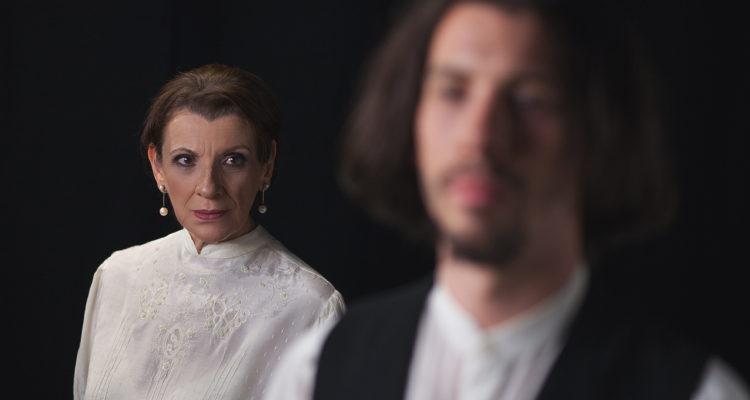 """Tζένη και Μαρξ"" στο θέατρο Olvio | από το Σάββατο 9 Νοεμβρίου"